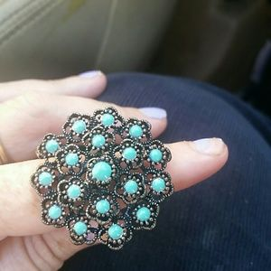 Vintage Flower Ring with Turquoise color stones